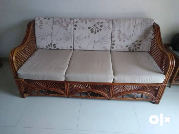 Dining Table Quikr Pune