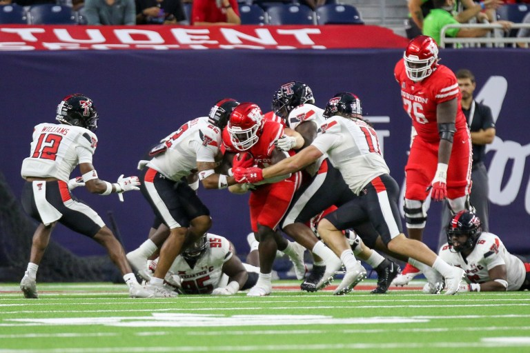 Houston bounces back impressively blowing out Rice