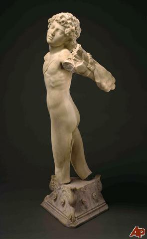 met-marble-statue-2009-10-5-12-41-19