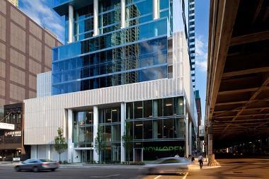 Metlife Acquires Luxury Apartment Tower
