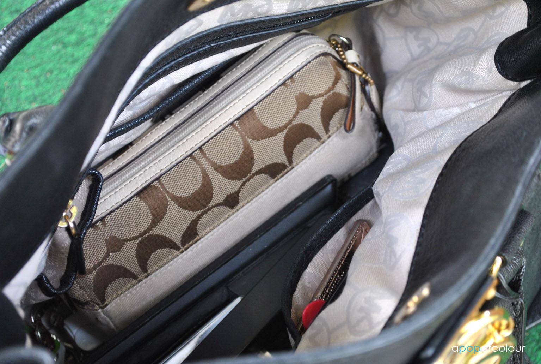 88c1604259c5 The power bag  Michael Kors Hamilton Tote - A Pop of Colour