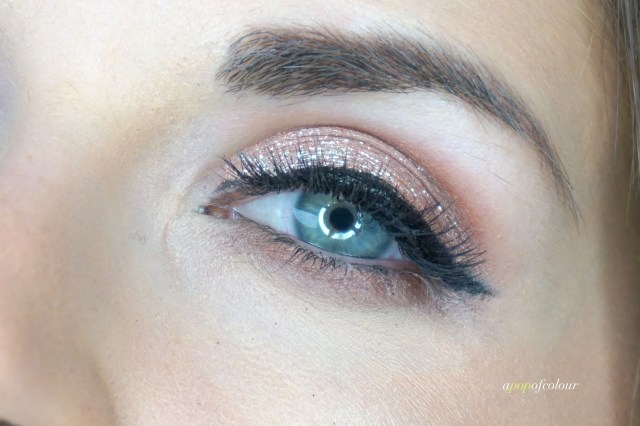 Eye swatch of Stila Cosmetics Magnificent Metals Glitter & Glow Liquid Eyeshadow in Karma Kitten