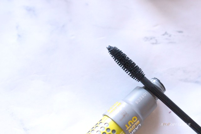 IT Cosmetics and Drybar Lash Blowout mascara wand