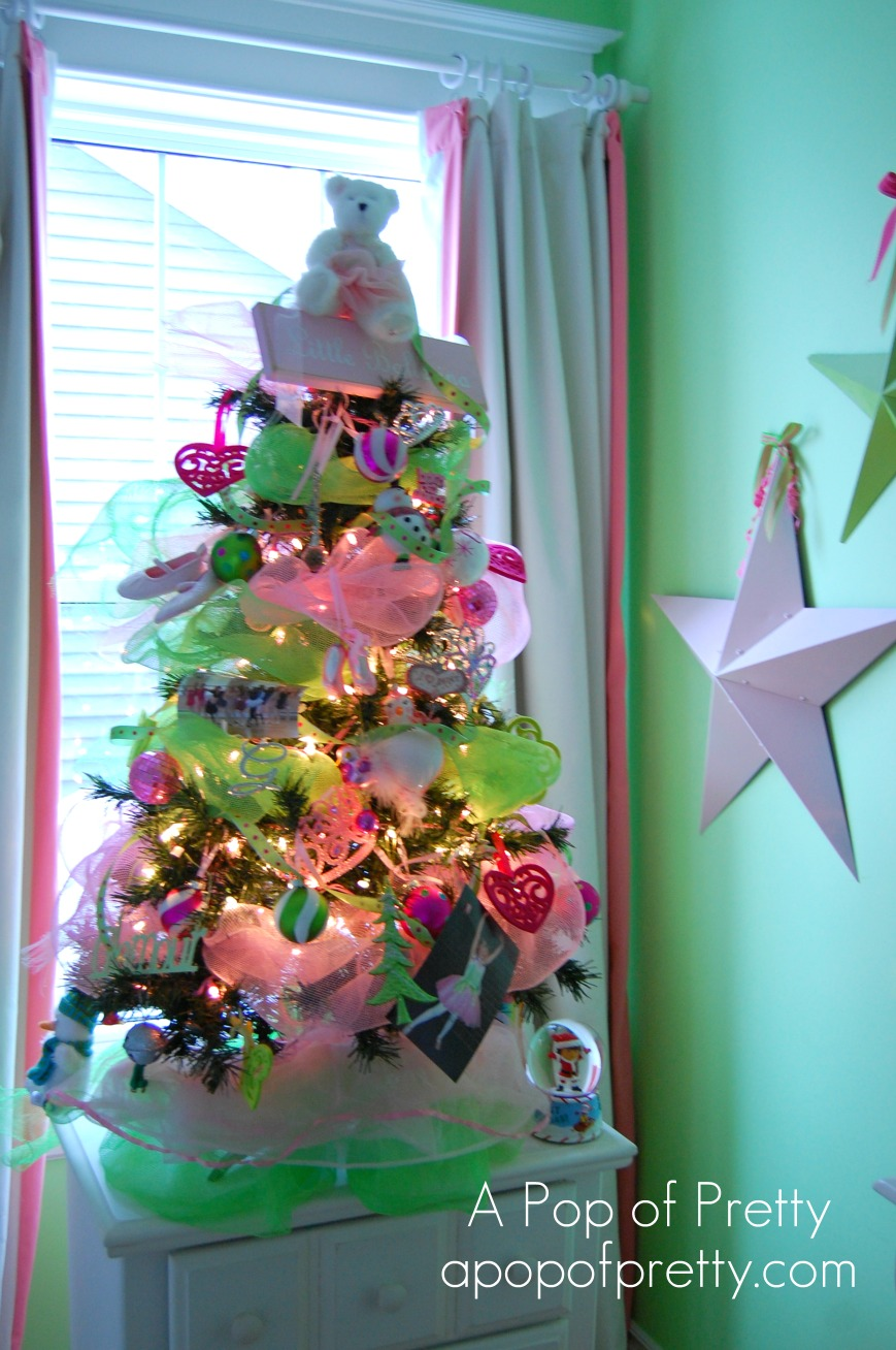 Pretty little ballerina christmastree a pop of pretty for Decorating blogs canada
