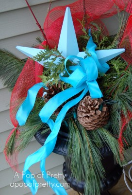 Christmas Decorating: Red & Turquoise Urn
