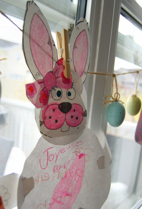 Easter decorating ideas - paper bunnies