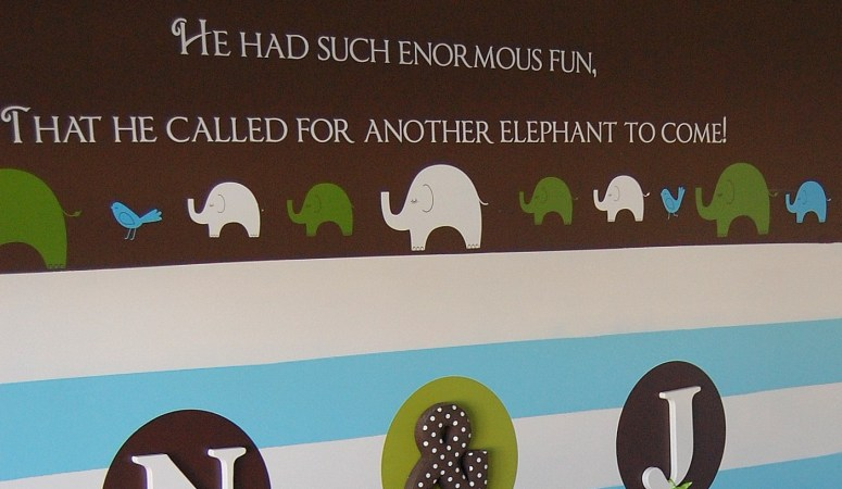 How to Remove Vinyl Wall Decals (Bye Bye Elephants)