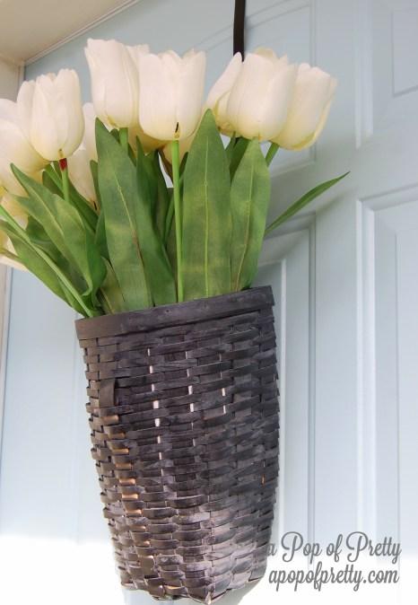 DIY Spring Door Decor - tulips