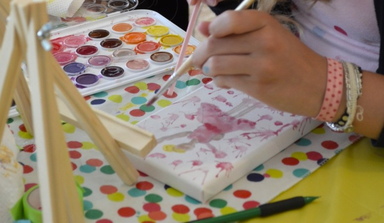 Birthday Ideas: Fun 'Art Theme' Party for Girls