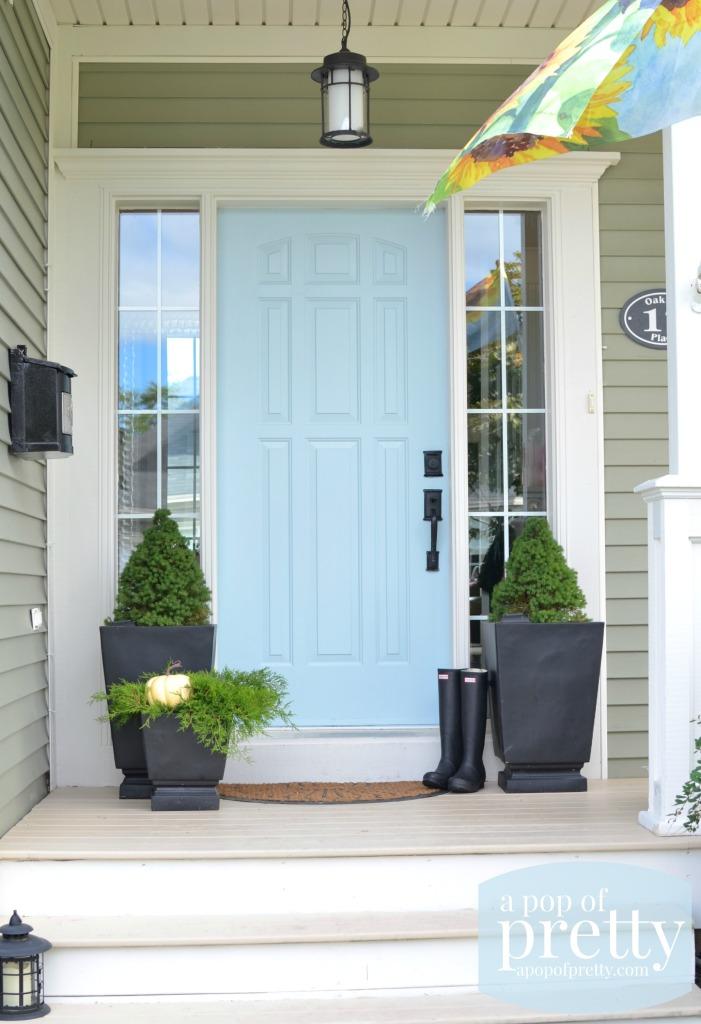 blue door color ideas - Behr Dayflower & Door Color Ideas: 10 Pretty Blue Doors - A Pop of Pretty Blog ...