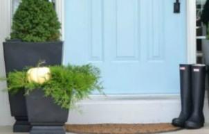 Door Color Ideas: 10 Pretty Blue Doors