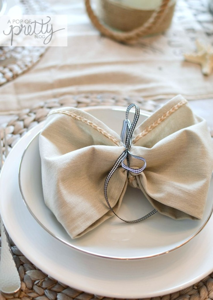 how to tie napkins into bows