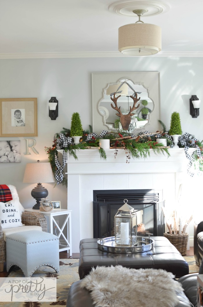 Cottage Christmas Decor Ideas Family Room