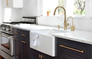 Why Two Toned Kitchen Cabinets Rock