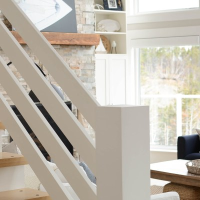 10 Coastal Style Staircases that Inspire