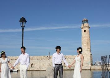 Έπεσαν οι υπογραφές για γαμήλιο τουρισμό Κινέζων στο Ρέθυμνο