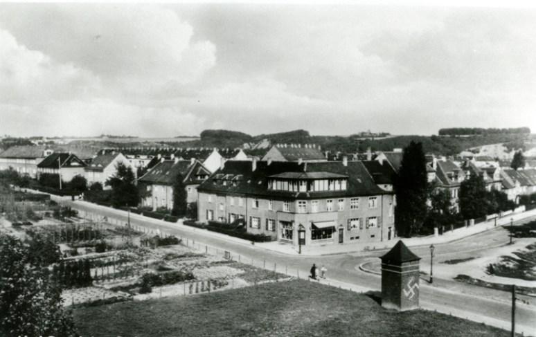 Ecke Keldenichstr., links im Bild befinden sich Schrebergärten, auf diesem Gelände wurde später die Apostelkirche gebaut © Torsten Behr