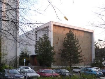 Apostelkirche vom Apostelplatz aus © Beate Sachs