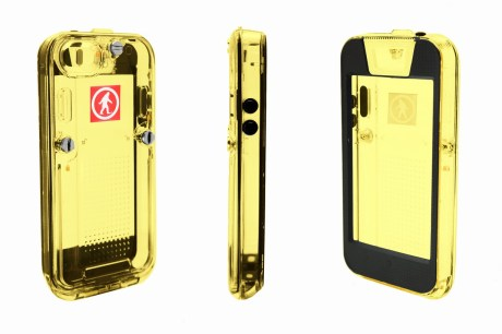 outdoortech-safe5-iPhone5Gold