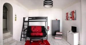 Gîte lumineux et confortable avec une belle hauteur sous plafond pt