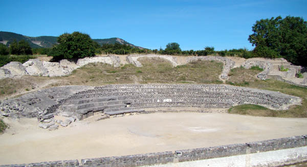 alba la romaine en ardèche proche des chambres d'hôte nougat princes ventoux et jabron à montélimar