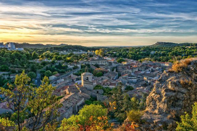 village drome provencale