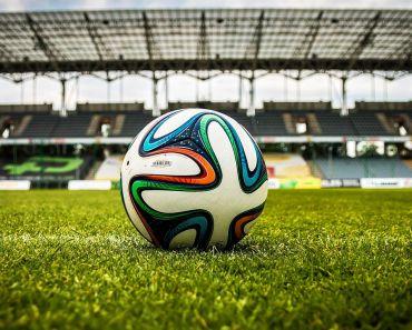 Los 5 mejores juegos de fútbol para iPhone y iPad [2021]