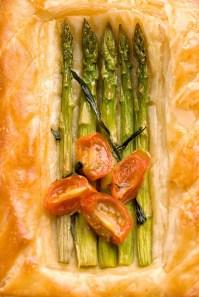 Asparagus tart :: Recipe & Styling: Orsola Ciriello Kogan | Photo ©LuciaZeccara