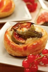 Figs mini tarts :: Food Styling: Orsola Ciriello Kogan | Photo ©AlexeyTryaskov