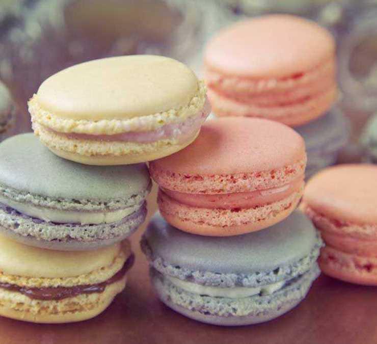 Mini Macarons - Virgina Sar