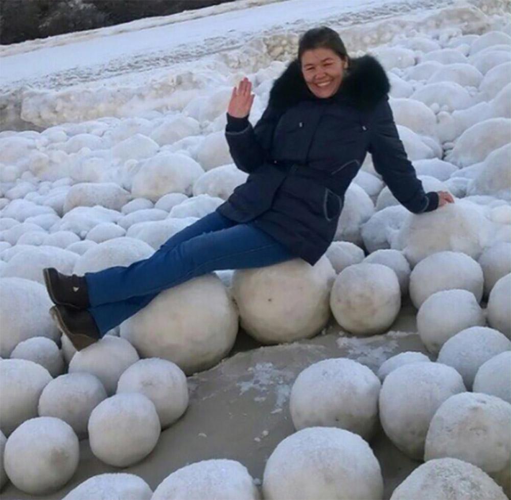 bolas de nieve en siberia
