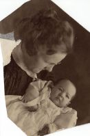Grace Daniel Applegate (Bobbie) holding her first son, G. W. Applegate III, 1900.