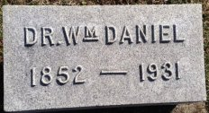 Dr. Wm Daniel headstone
