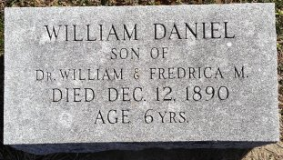 Willie Daniel headstone