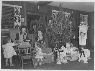 Applegate girls, Christmas 1944