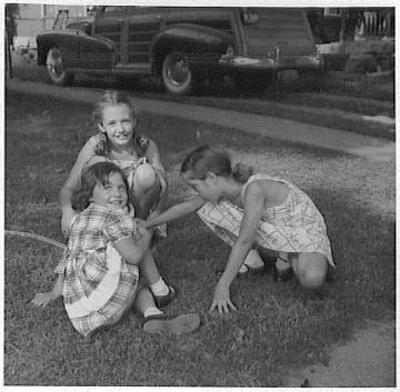 Grace, Barb, Rica in Corydon