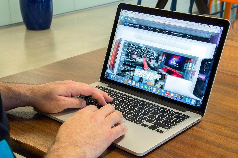 Картинки по запросу MacBook Pro фото