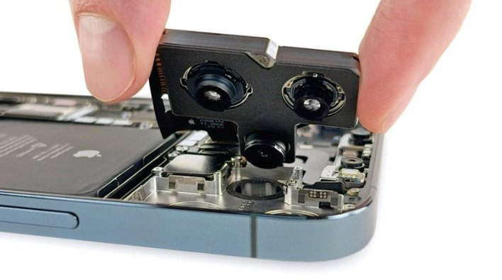 يكشف iOS 14.4 استبدال كاميرا iPhone بطراز غير أصلي