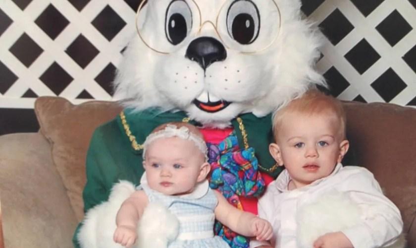 Hudson Valley Local Mall Easter Bunny Photos