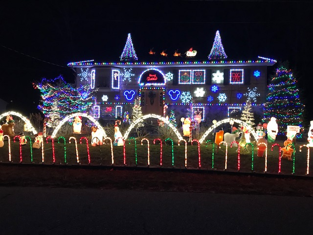 Local Christmas Light Displays - Local Christmas Light Displays - Apple Moms In The Hudson Valley