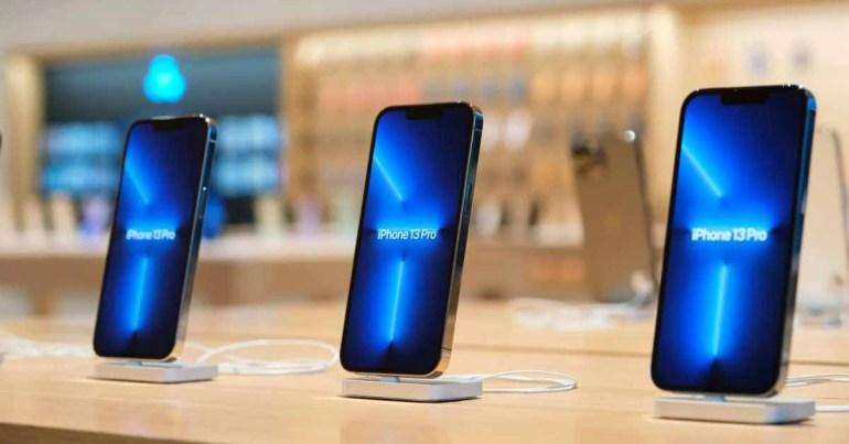 Производство смартфонов в 2021 году сильно пострадает из-за нехватки микросхем