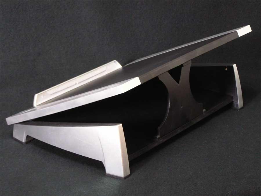 fellows-laptop-stand-2.jpg