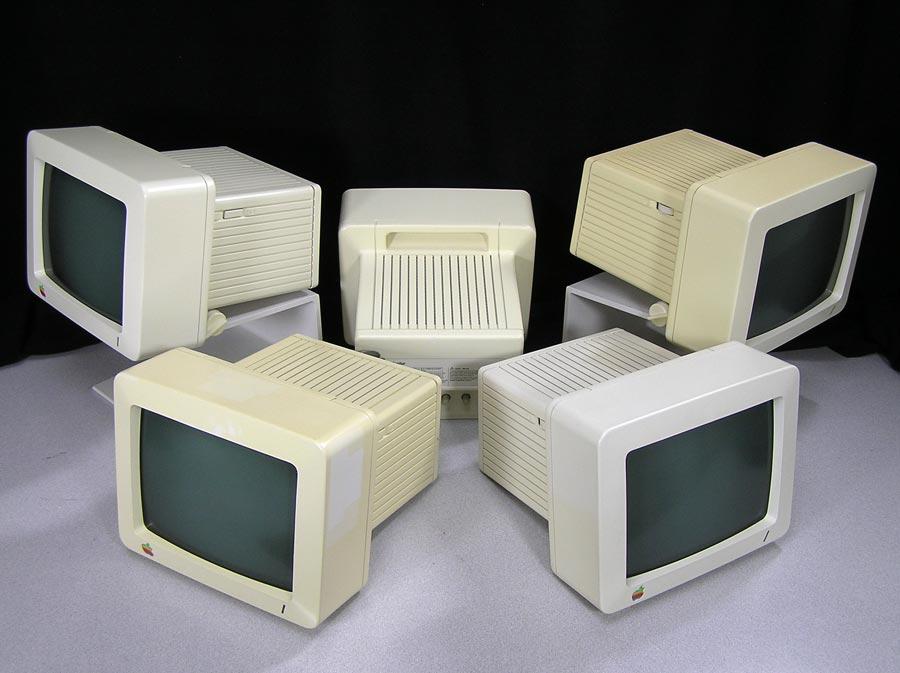 iic-monitors-colors-contrast.jpg