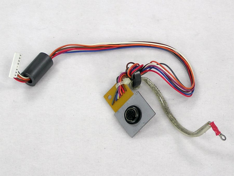 iw2-310-serial-port.jpg