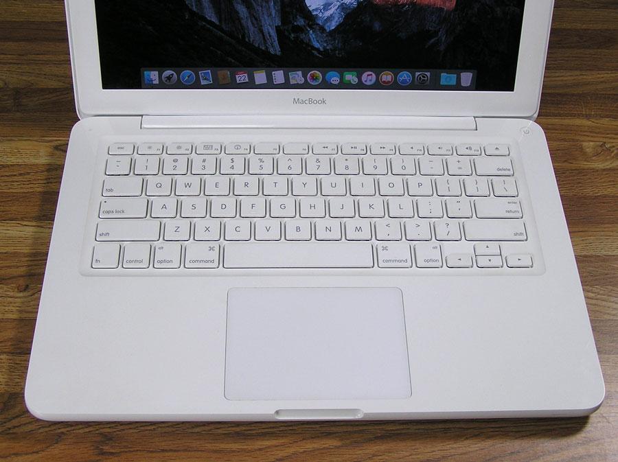 macbook716.jpg