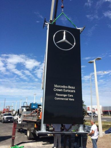 Mercedes Benz Monument Sign