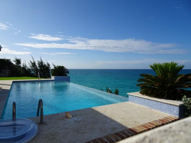 Infinity Pool Bermuda