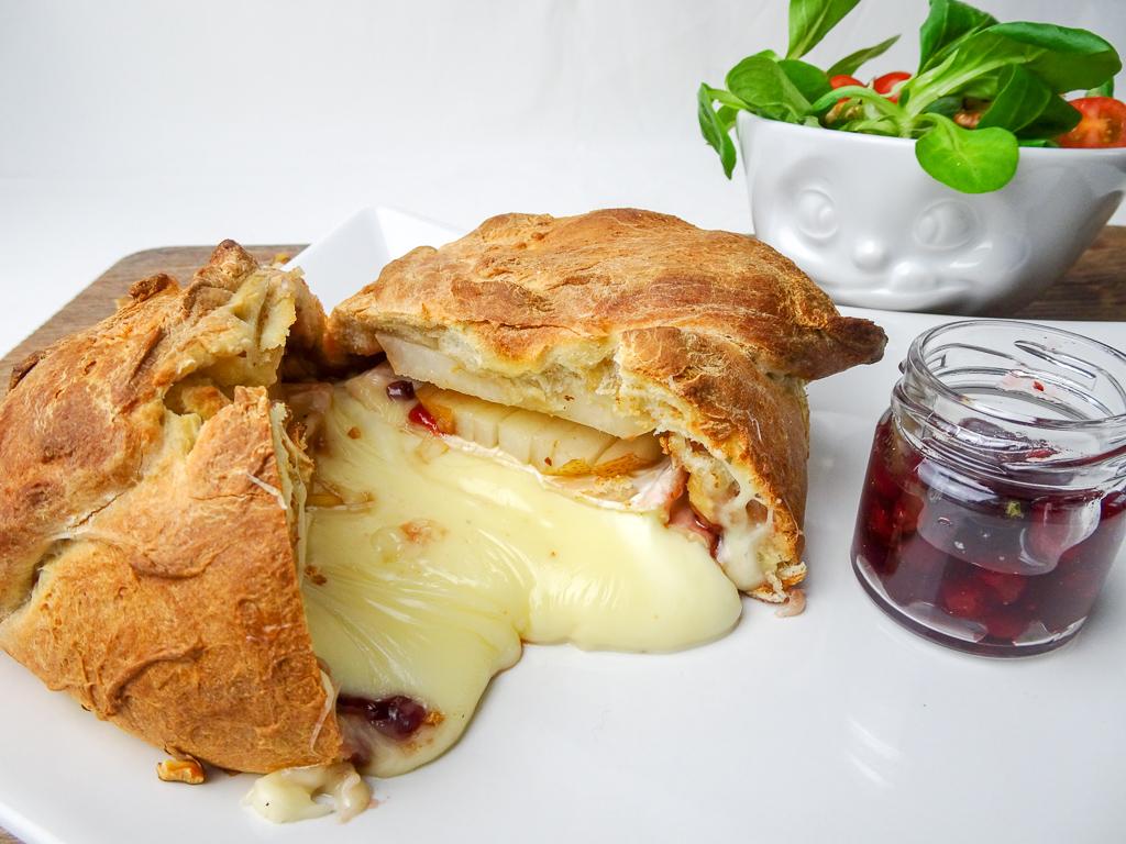 Camembert-Brötchen