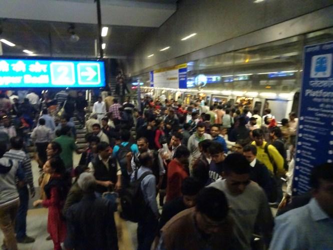 metrodelhi verkehr in indien