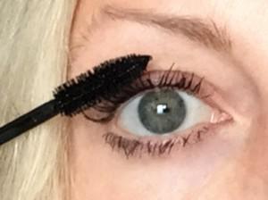 wasserfeste mascara auftragen